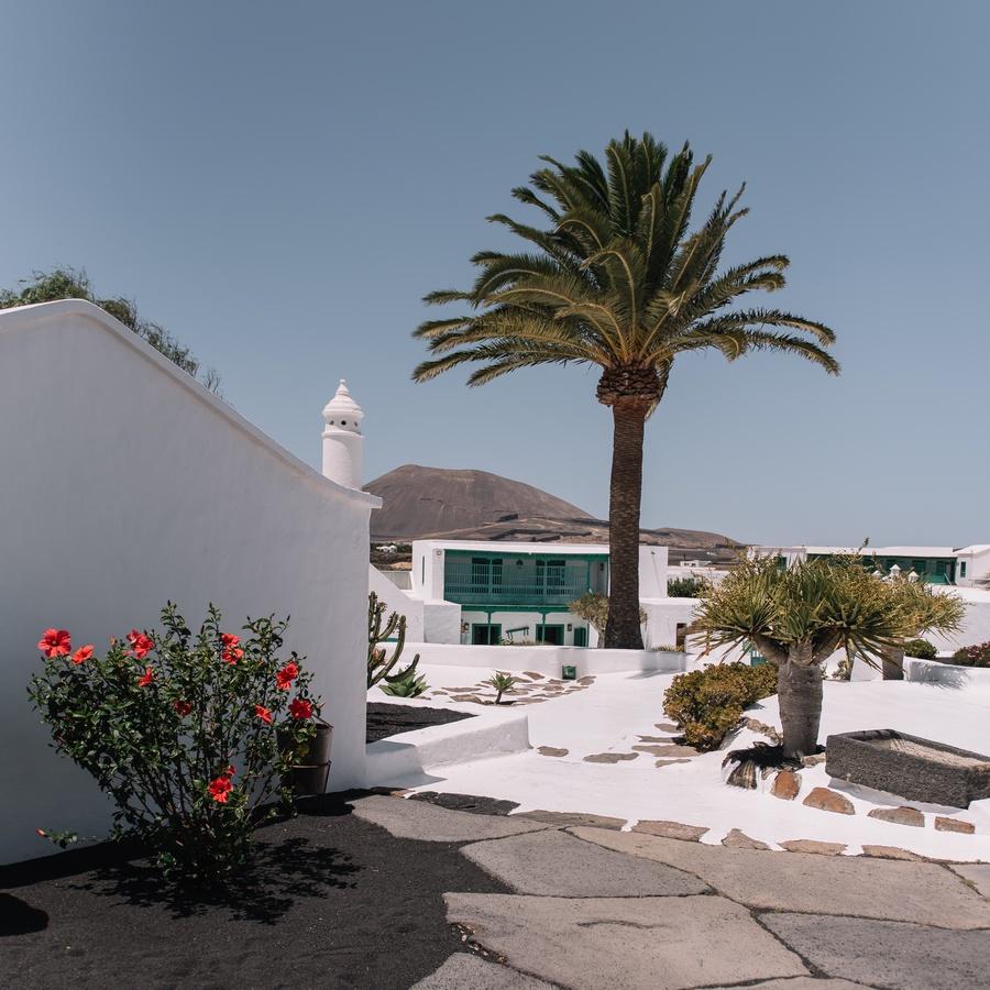 Sweet Escape by Olga Mai: Lanzarote
